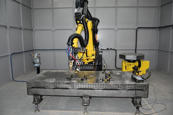 Робот для сварки СВАРОГ-2